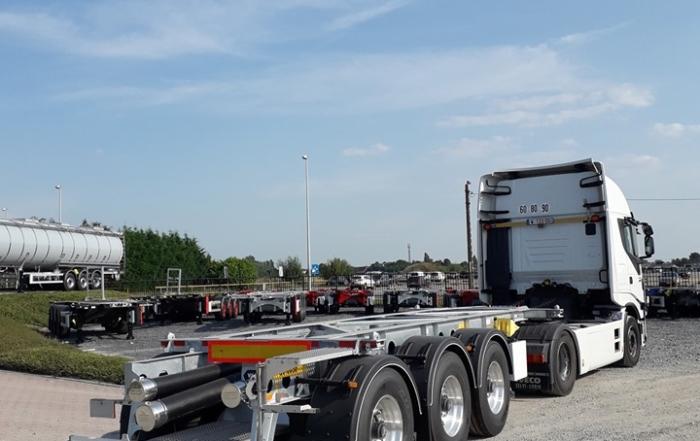 Traction depuis la Belgique pour un client français loueur de semi-remorques au départ de la région d'Anvers pour Lyon!